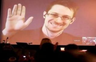 Whistleblower Snowden: Trump wants to consider a pardon...