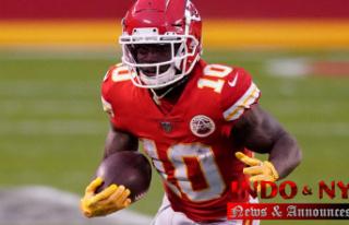 Chiefs' Tyreek Hill explains shoving assistant...
