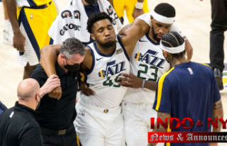 Utah Jazz star Donovan Mitchell exits game with ankle...