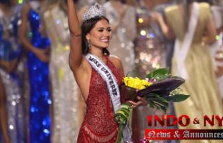 Miss Universe show crowns Miss Mexico, Andrea Meza,...