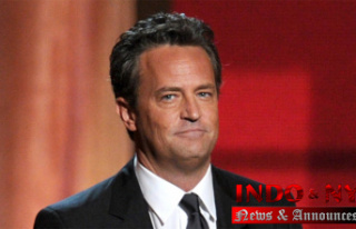 The 'Friends' star, 51, and Hurwitz, 29,...
