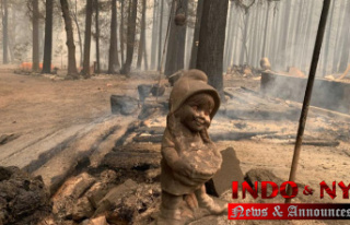California fire threatens homes as wildfires rage...