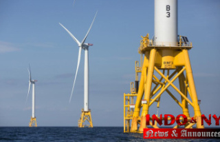 Administration sets plan for 7 offshore wind farms...