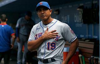 After two losing seasons, Mets reject Luis Rojas'...