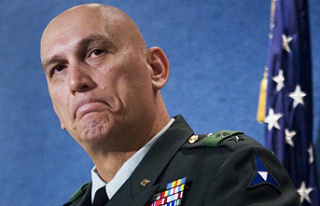 Army general who commanded in Iraq dies of cancer...