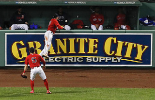 Ground Rule Trouble: Red Sox bounce Rays 13 times...