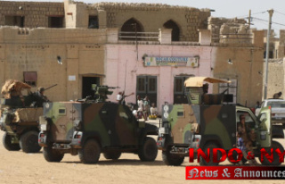 Mali's Timbuktu fears jihadis as France reduces...