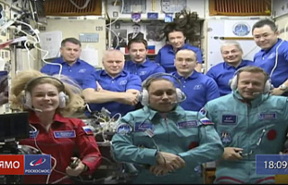 Russian film crew in orbit to make first movie in...
