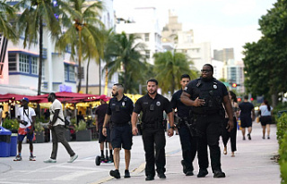 South Beach party crowds inspire effort to reduce...