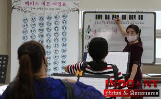Seoul's center: N Korean defectors seek refuge with locals