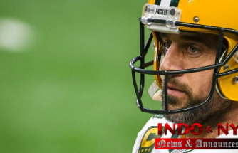 Packers' Aaron Rodgers skips mandatory minicamp, Formally a'holdout': reports