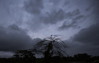 18 people are killed in South India by heavy rains and landslides