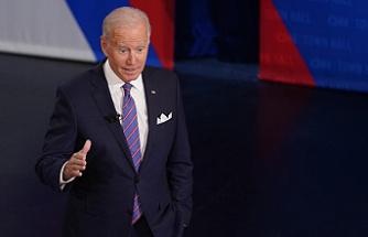 Biden exaggerates his record with COVID vaccine