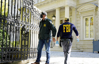 FBI raids Russian oligarchs' homes in pursuit of 'law enforcement' actions