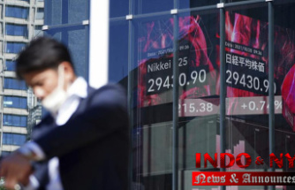 Global stocks mixed after Wall St rise, weak Japanese trade