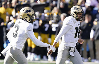 Purdue's No. 1 team is Aidan O'Connell and David Bell. 2 Iowa 24-7