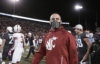 Rolovich, Washington State coach, was fired because he refused to take vaccines