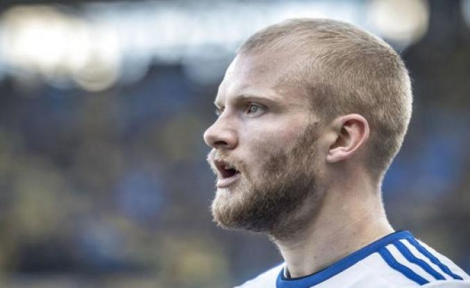 Nicolai Boilesen is alenefar - has implications for the career choices