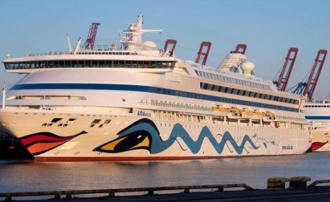 Cruises possible! In a few weeks, sting Aida and Tui to sea again.