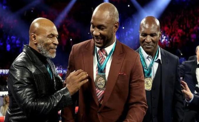 Mike Tyson plans a Legends Only League