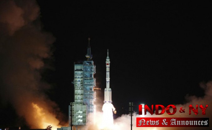 China's Shenzhou-13 spacecraft docks with Earth for 6-month mission