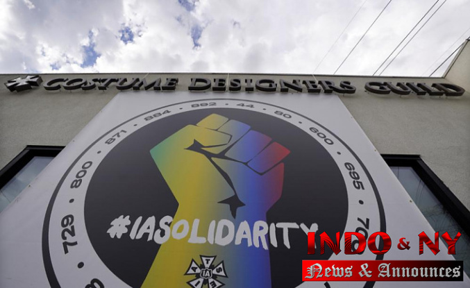 Film TV workers union says strike to start next week