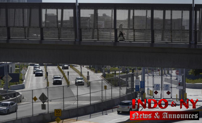 US announces it will lift travel ban for border residents